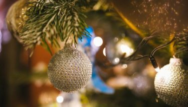 Cluster your baubles for Christmas Tree