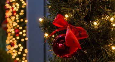 Layer and style ribbons for Christmas Tree