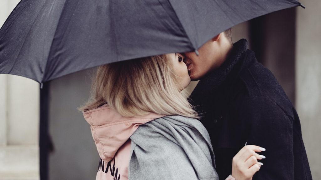 Happy Kiss Day Images Photos, Wallpaper Pics